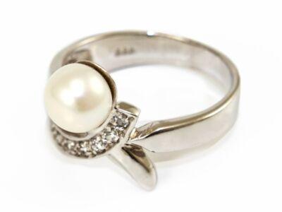 Gyöngyös-köves fehérarany gyűrű