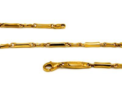 Vékony barakka jellegű arany nyaklánc