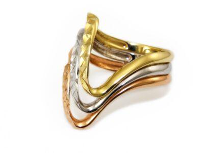 Tricolor vésett női arany gyűrű