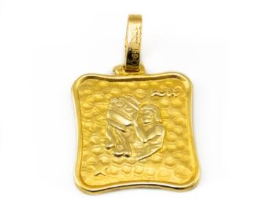 Vízöntő arany medál