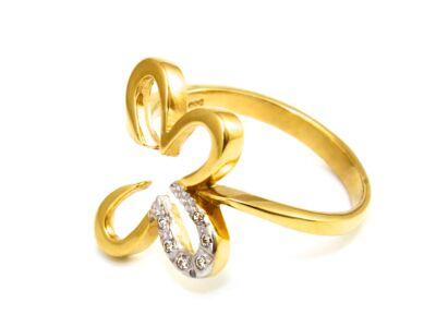 Pillangós arany gyűrű