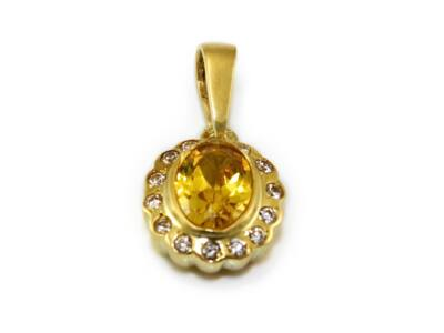 Sárga és fehér köves arany medál