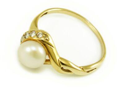 Gyöngyös és köves áttört arany eljegyzési gyűrű