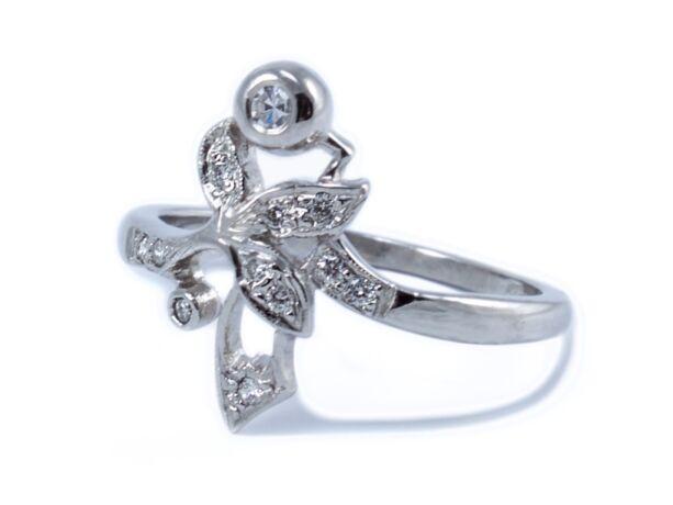 Fehér arany brill köves gyűrű