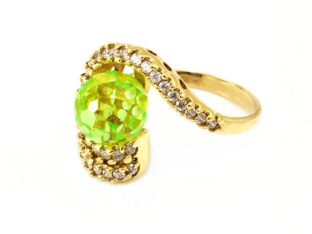 Zöld köves arany gyűrű