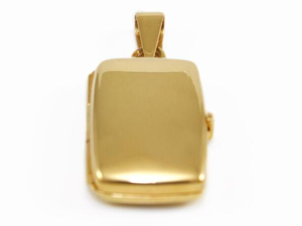 Nyitható arany medál