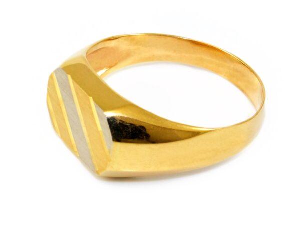 Bicolor matt és vésett arany pecsétgyűrű
