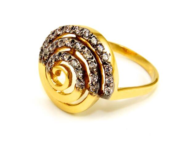 Köves csigás női arany gyűrű