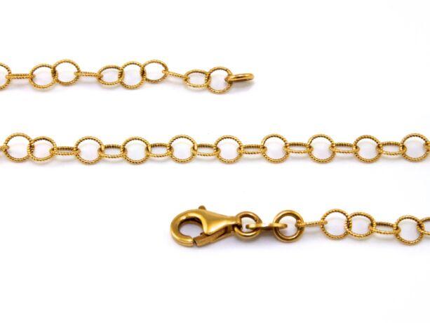 Vésett karikás arany nyaklánc