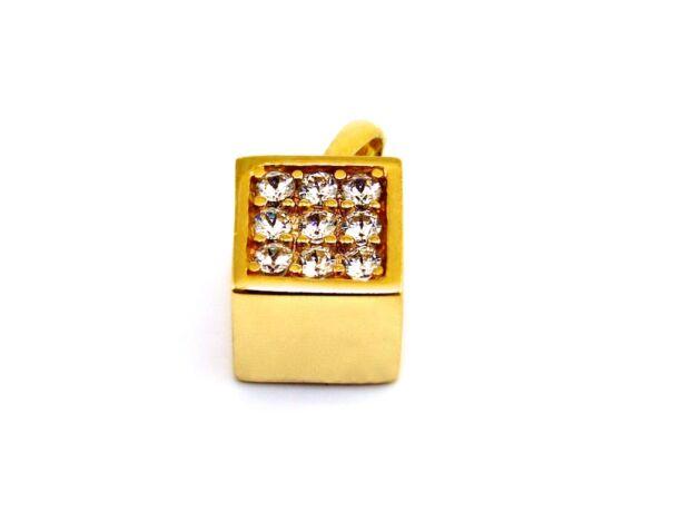 Köves arany kocka medál