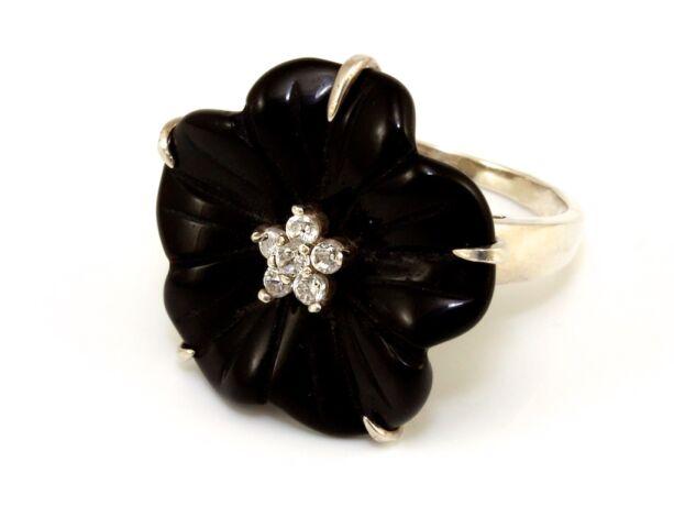 Fekete virágos női ezüst gyűrű