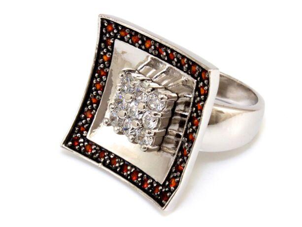 Köves szögletes női ezüst gyűrű
