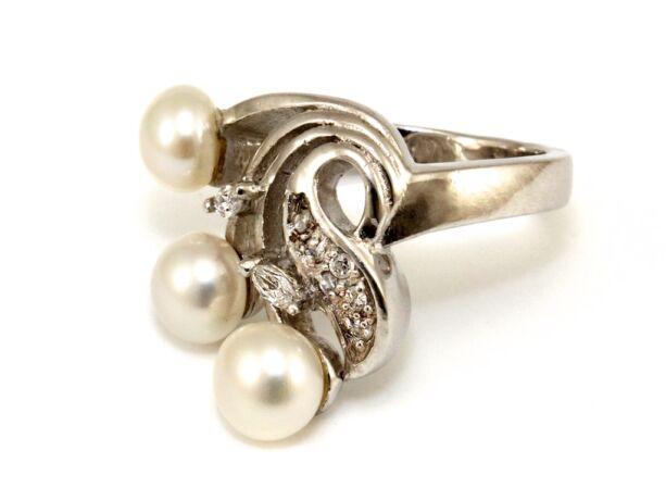 Gyöngyös-köves női ezüst gyűrű