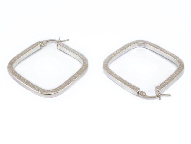 Mintás négyszögletes ezüst fülbevaló