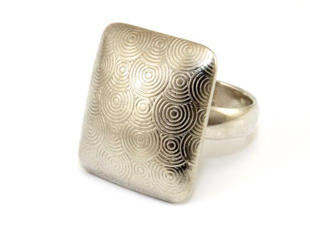 Mintás női ezüst gyűrű