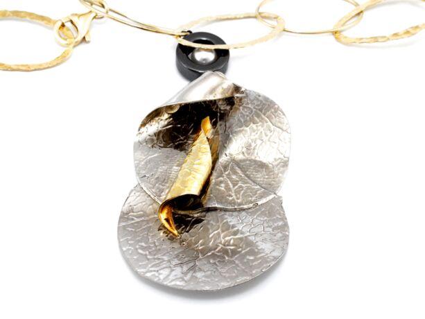 Kézi készítésű aranyozott ezüst nyakék