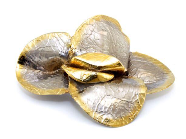 Kézi készítésű aranyozott ezüst kitűző