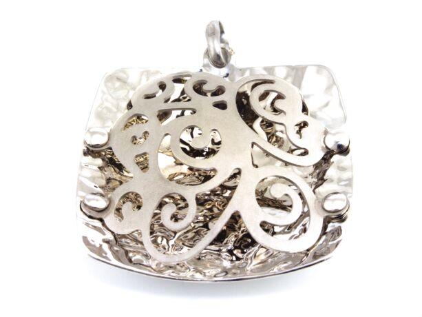 Női ezüst medál