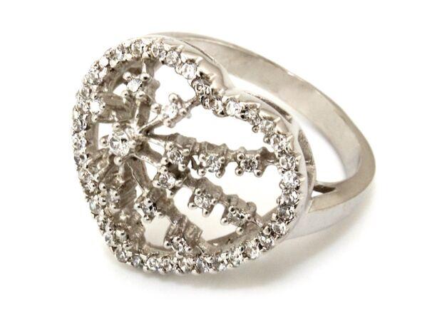 Köves szives ezüst gyűrű