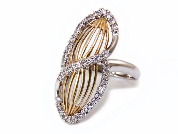 Hosszúkás áttört köves bicolor ezüst gyűrű