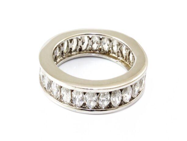 Áttört köves női ezüst gyűrű