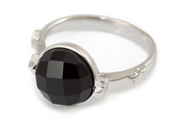 Fekete köves ezüst gyűrű