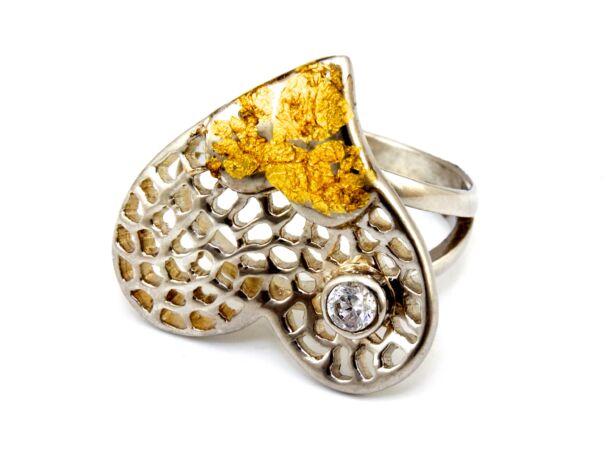 Kézi készítésű szíves ezüst gyűrű