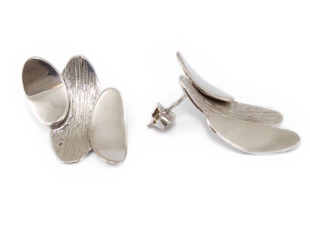 Fényes és matt mintás exkluzív ezüst fülbevaló