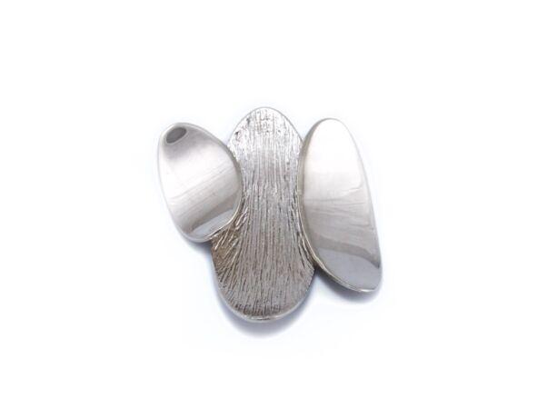 Mattírozott ezüst futó medál