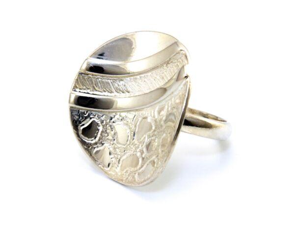 Női ezüst gyűrű