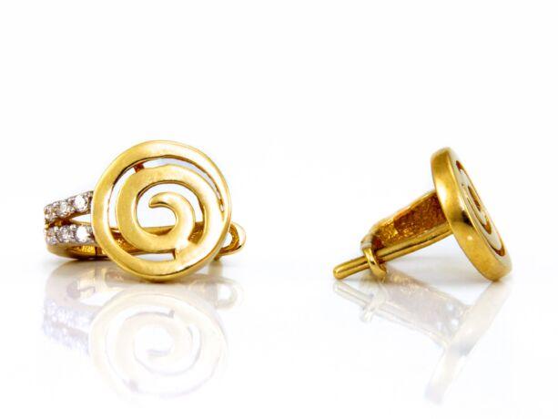 Köves arany fülbevaló